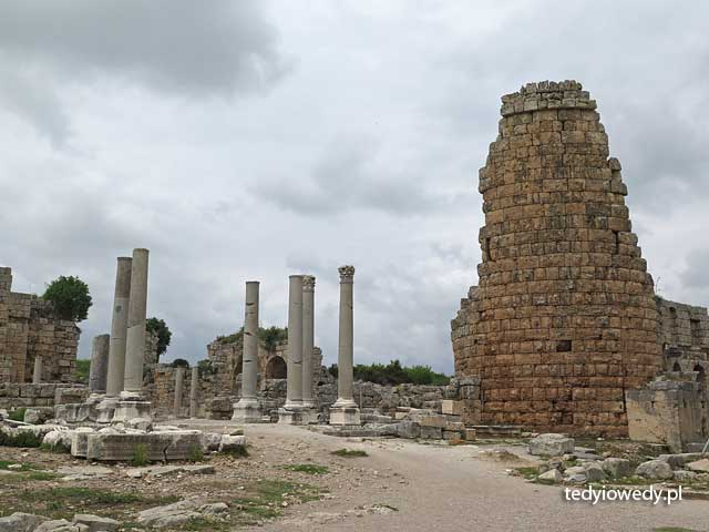 Perge 20140427T115429IMG_6747