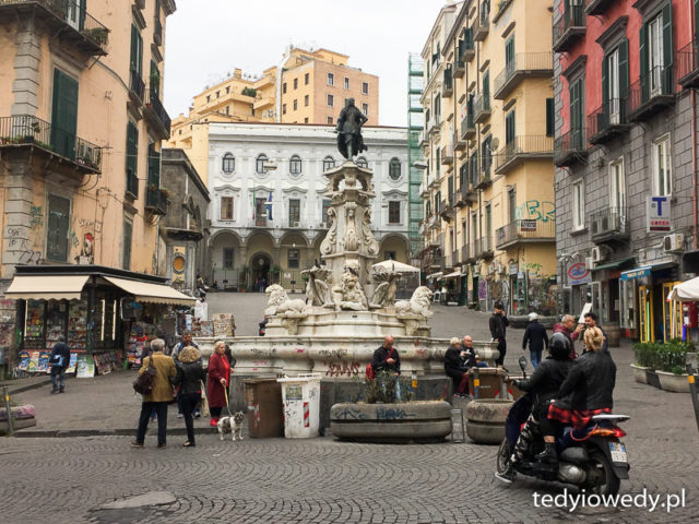 Neapol - pierwsze spotkanie